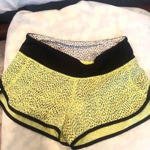 Lululemon running shorts size 4